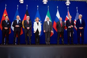 Optimized-2Negotiations_about_Iranian_Nuclear_Program_-_the_Ministers_of_Foreign_Affairs_and_Other_Officials_of_the_P5+1_and_Ministers_of_Foreign_Affairs_of_Iran_and_EU_in_Lausanne