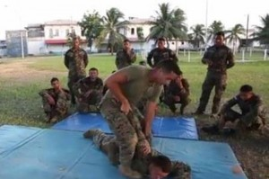 Troops from USSOUTHCOM train Hondurans at Puerto Castilla Navy base - photo Dialogo Revista Militar Digital